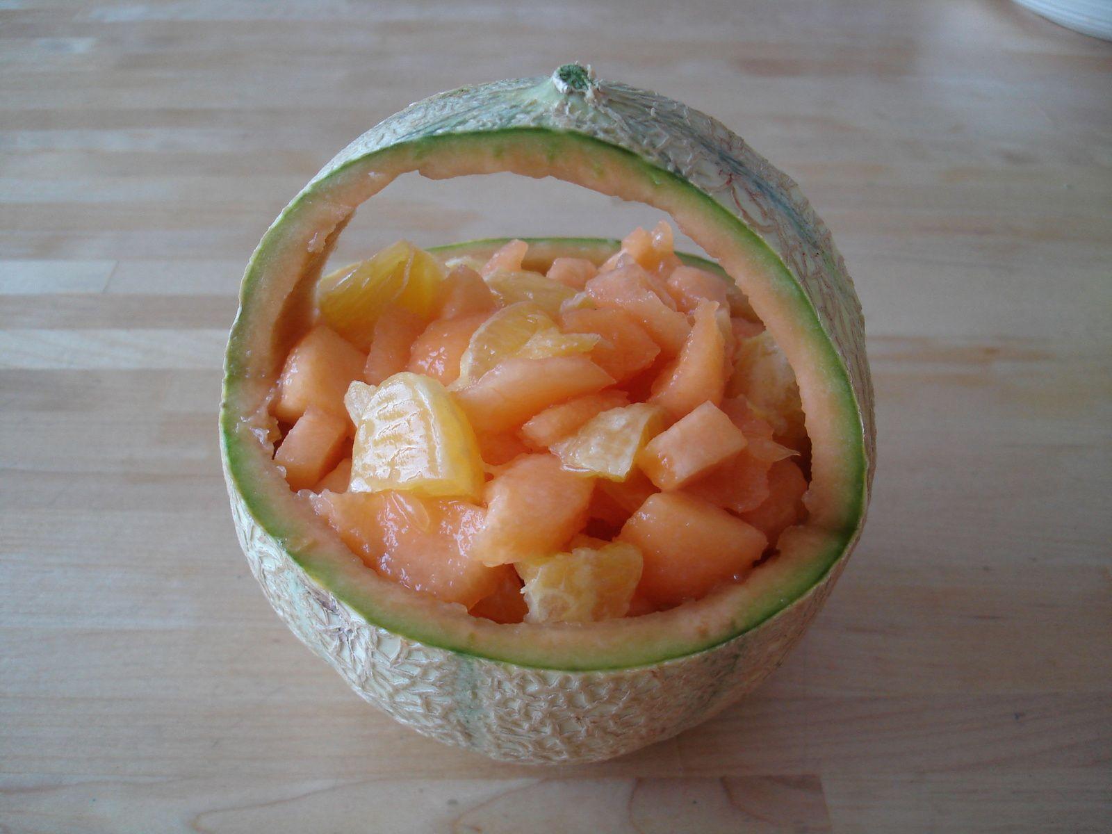 D couper un melon en panier id es maison - Comment couper un jambon iberique ...