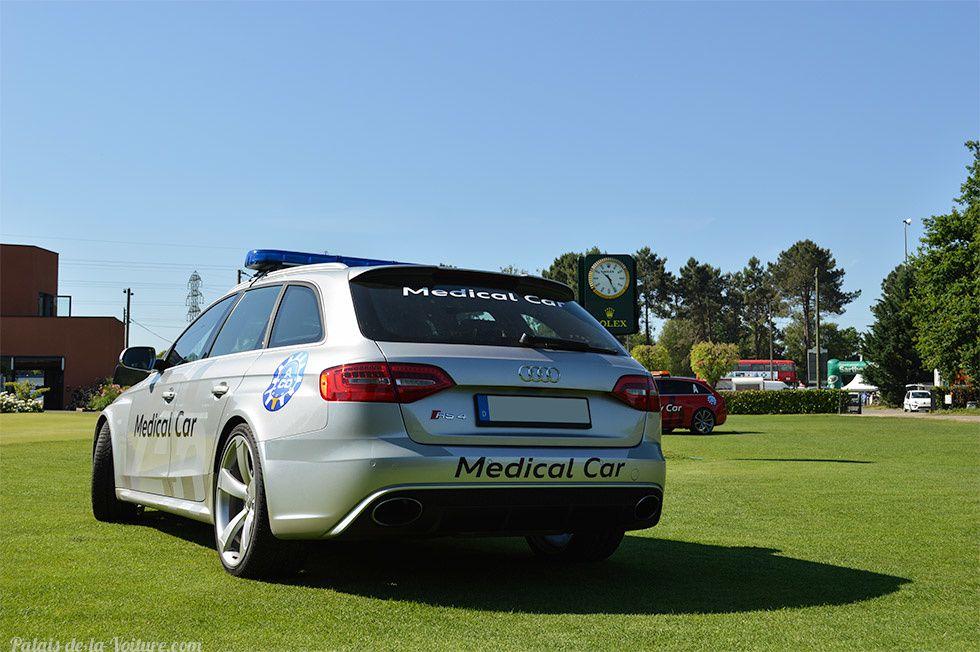 AG70 • Audi RS4 (B8) Avant Medical car '14