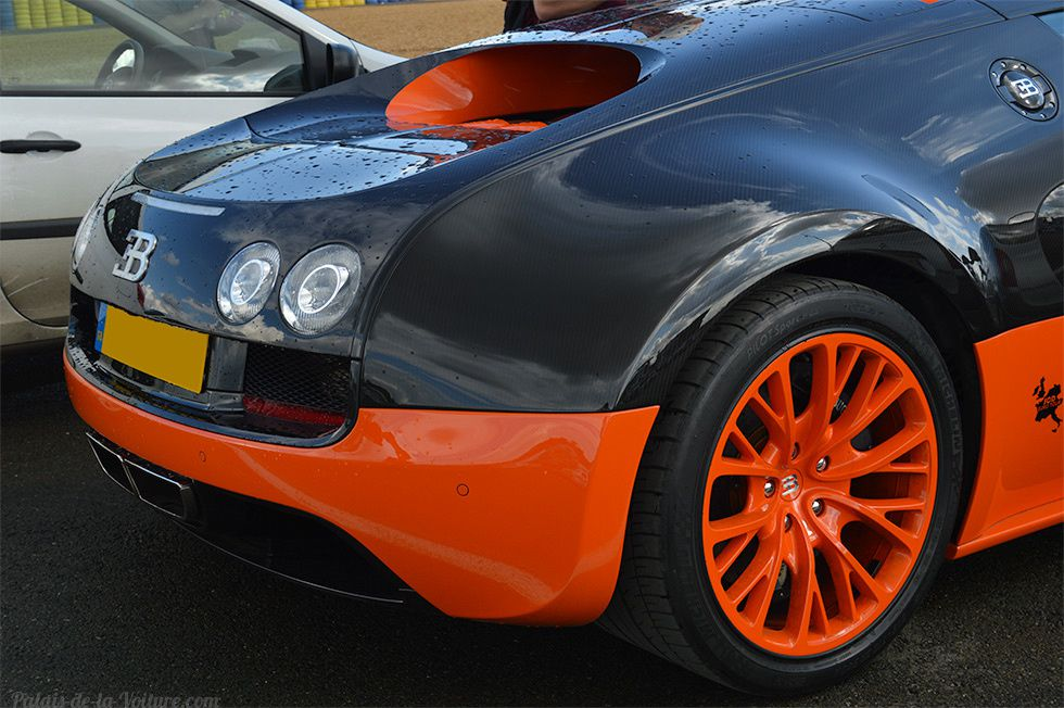 AB82 • Bugatti Veyron Super Sport World Record Edition '10