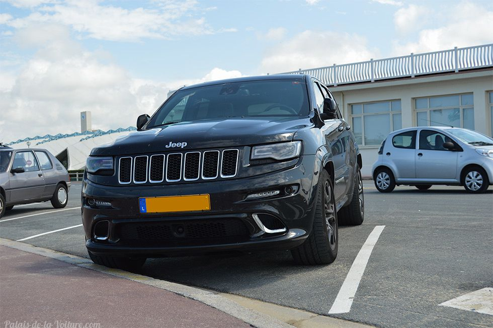 AG76 • Jeep Grand Cherokee (WK2) SRT-8 '14