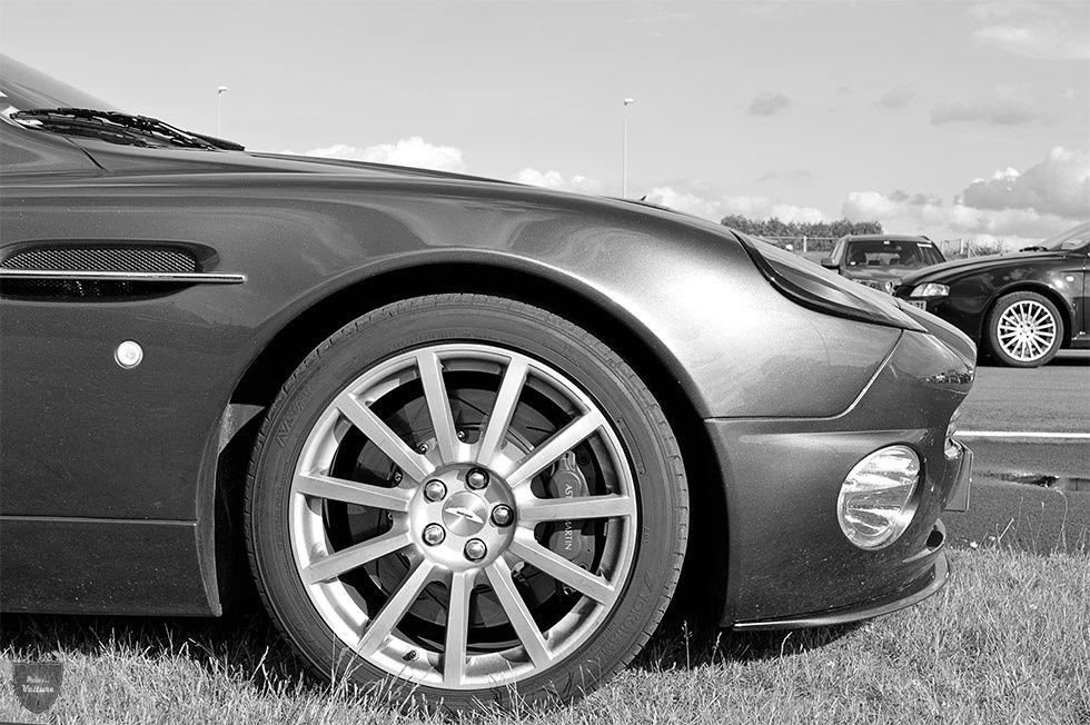 AA57 • Aston Martin Vanquish S '04