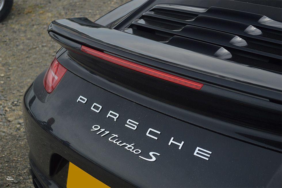 AG98 • Porsche 911 (991) Turbo S '15