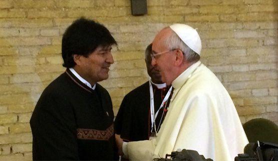 Le pape Français avec Evo Morales. Photo DR