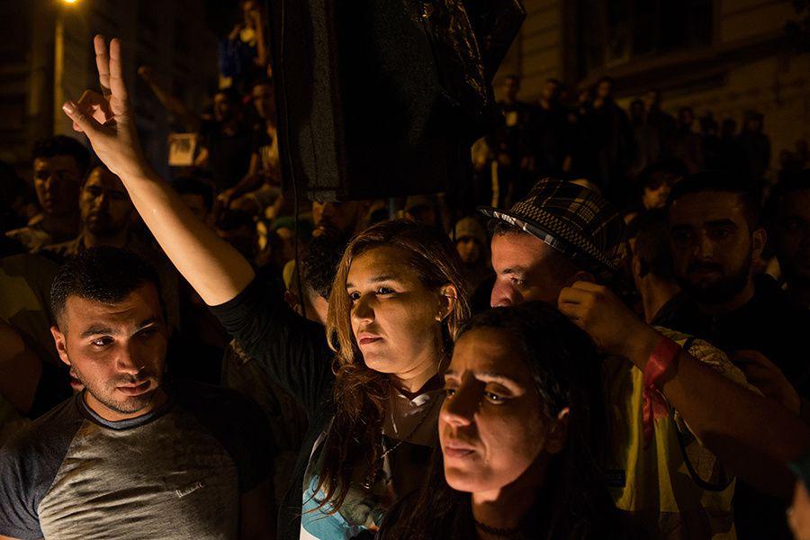 Hier soir à Al Hoceima. Nawal Benaissa a repris le flambeau du Hirak après l'arrestation de Zafzafi et des autres leaders. Photo DR