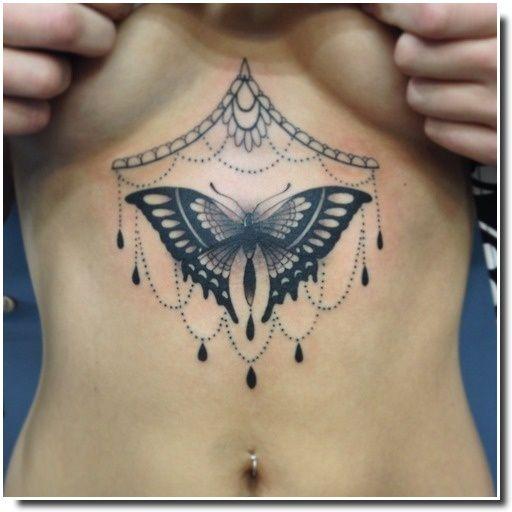 underboobs tattoo - tatouage sternum