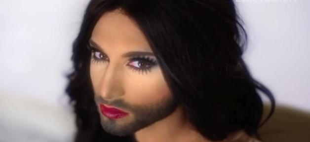 Buzz: Le candidat transexuel dans la tourmente a l