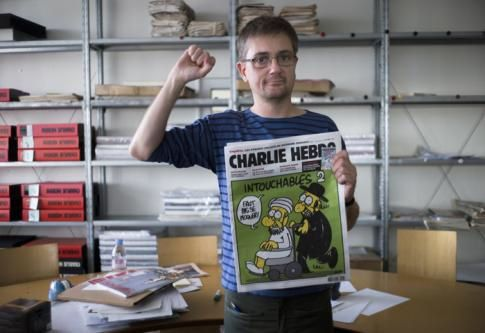 Retro-Buzz TV: Clash entre Bruno Solo et Rokhaya Diallo pour Charlie Hebdo !! (video)