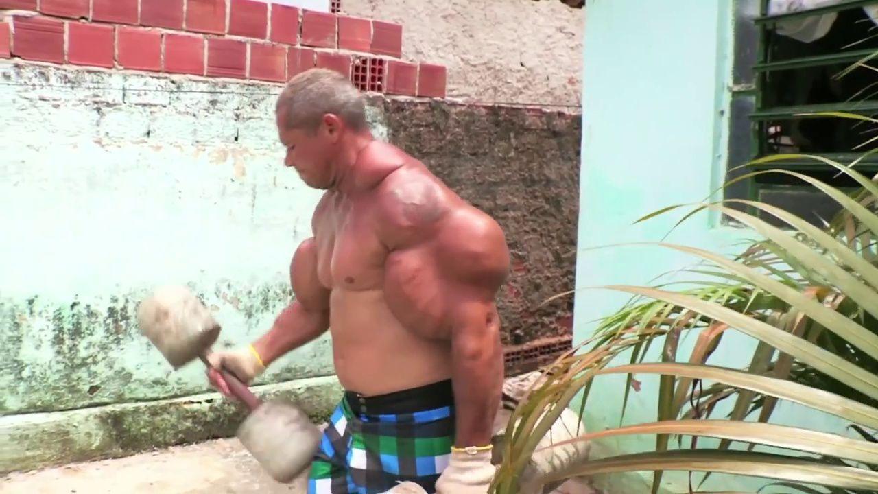 #Buzz : L'hypertrophie musculaire d'Arlindo de Souza !