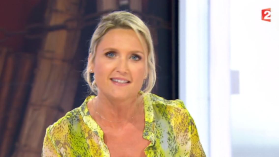 2015 08 29 - MELANIE GRIFFON dans TELEMATIN sur france 2