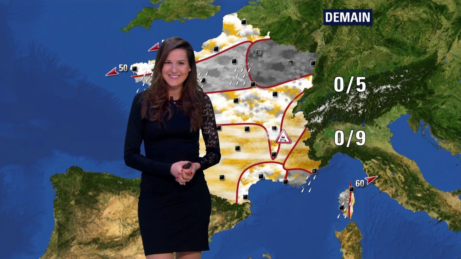 �5 �3 DANIELA PREPELIUC @Dana_Prepy @JohannaCarlosD8 pour LA METEO ce matin @BFMTV #vuesalatele