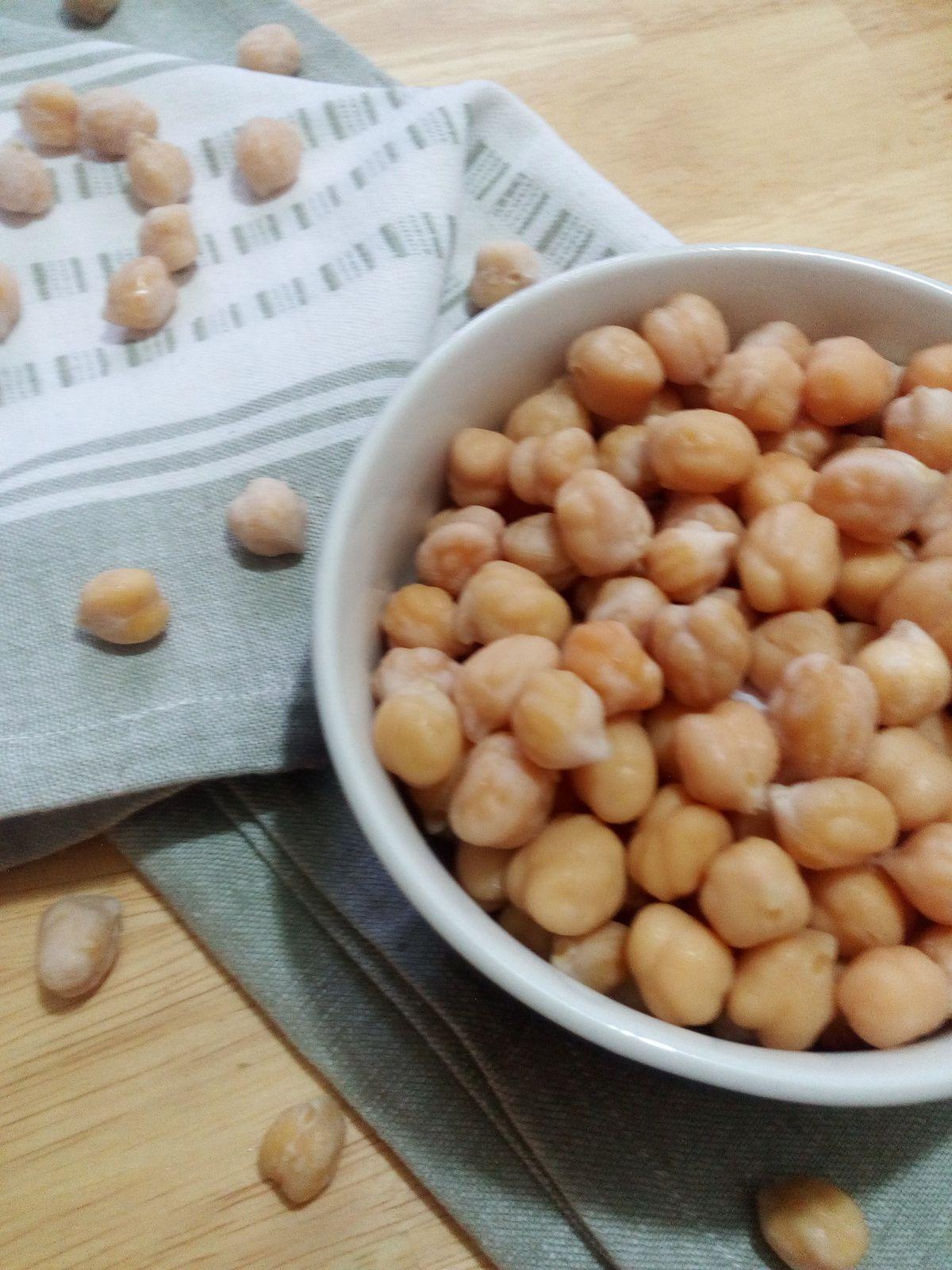 Comment cuire ou préparer des pois chiches secs à la maison?