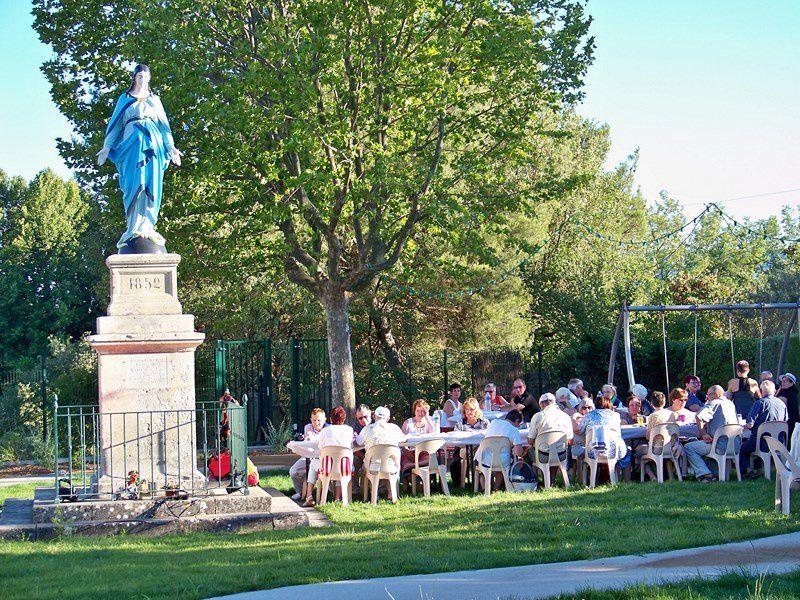 Aioli au jardin de la Vierge Bleue