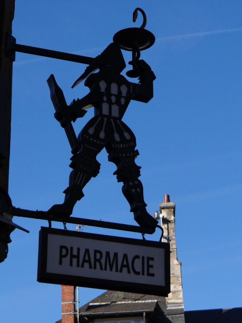 Bourges , la vieille ville.