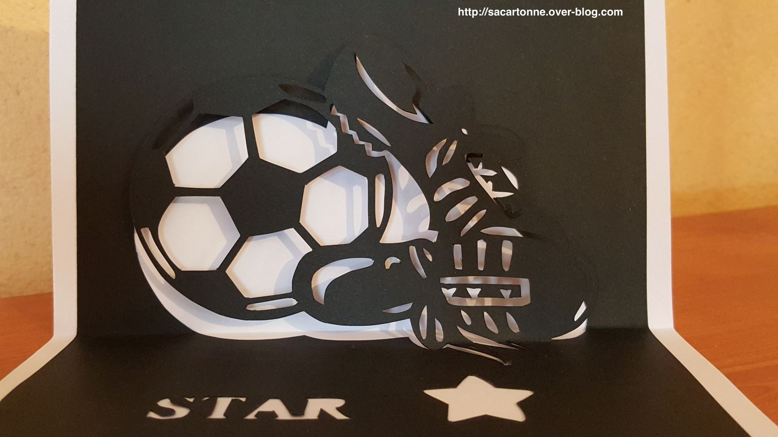 Kirigami foot graine de Star - gabarit gratuit