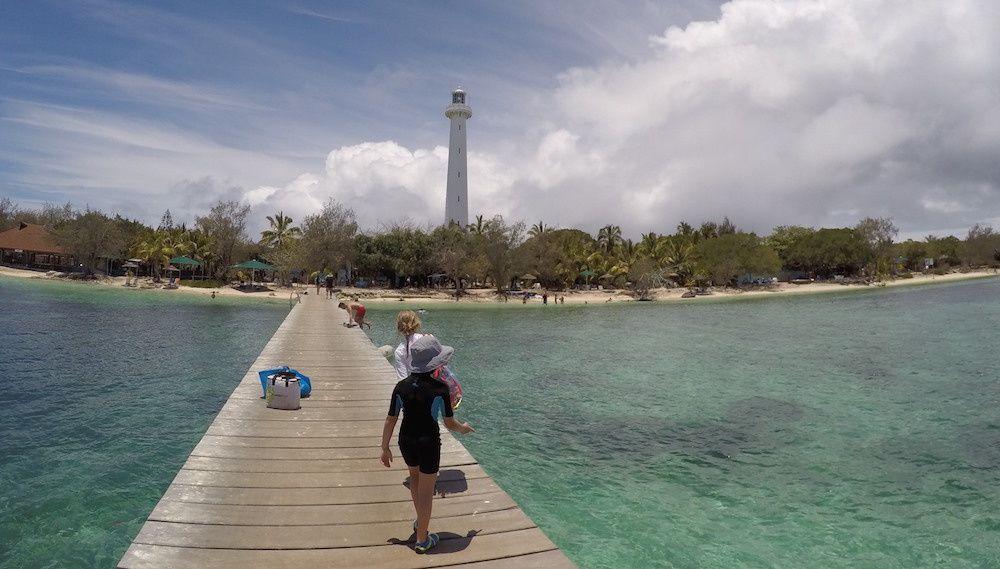 Pause piquenique sur la phare Amédée avec en prime la rencontre avec un tricot rayé et le tour de l'ilot