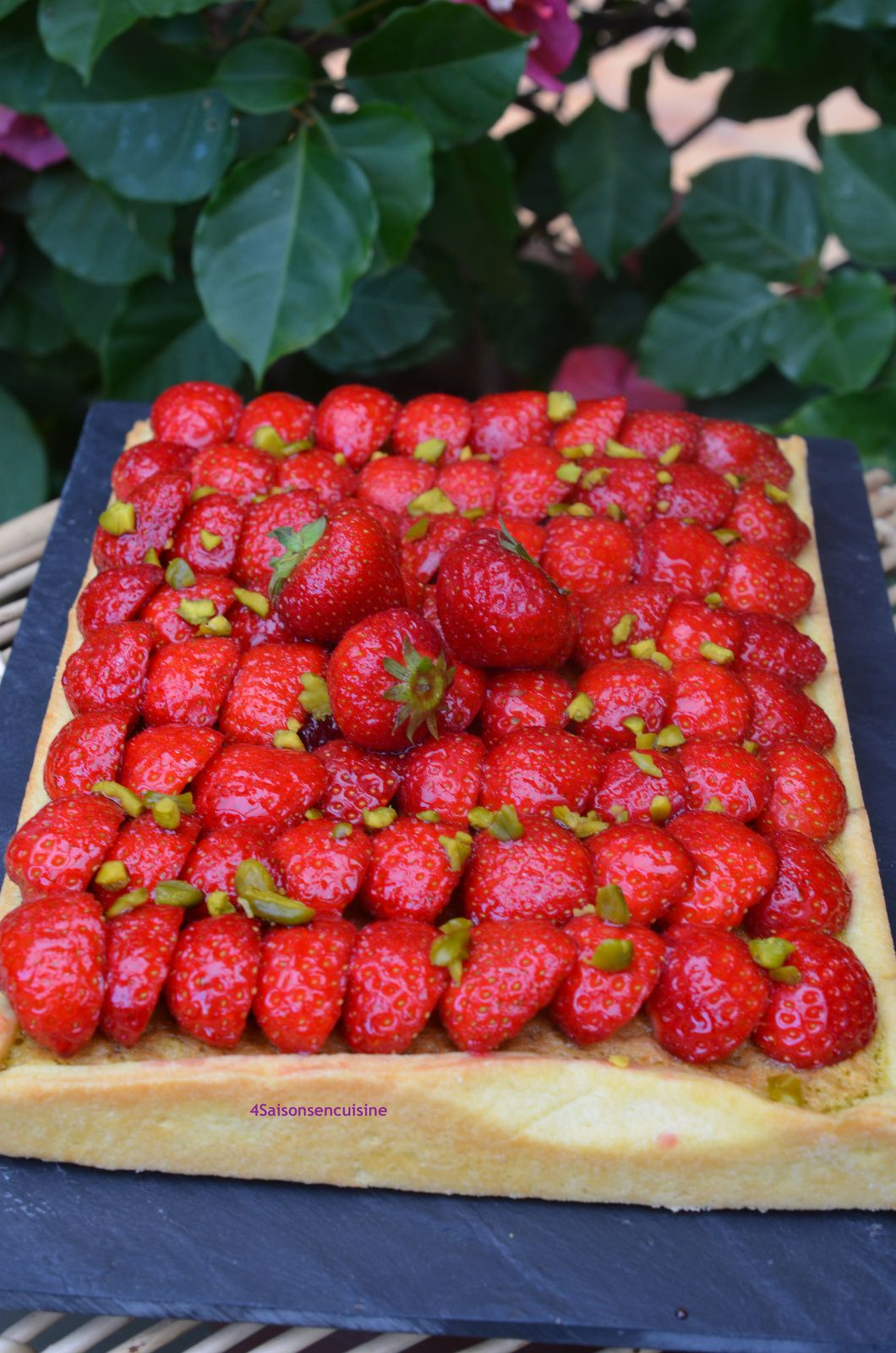Tarte frangipane pistache aux fraises