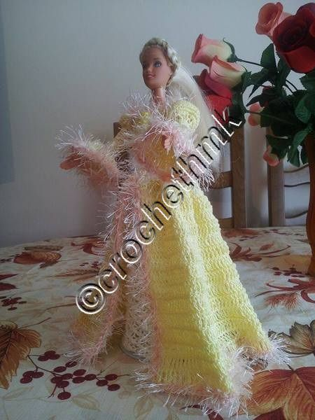 Barbie en robe victorienne