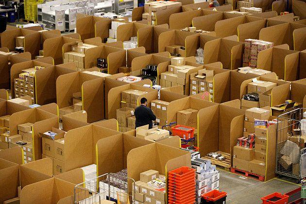 Amazon Noël 2015? Une hécatombe: 40% du CA du e-commerce US, 70% de ventes via mobile et 3M de membres prime supplémentaires.