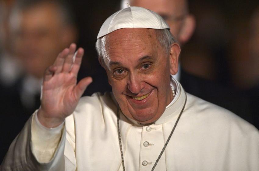 De bien belles images de François, le pape de l'Evangile !