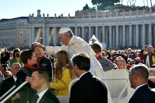 Le pape François sur la place Saint-Pierre, le 12 octobre 2016 au Vatican
