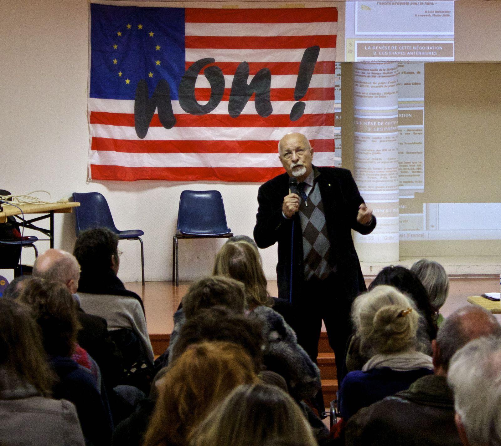 Raoul-Marc Jennar parcoure la France, la Navarre et toute l'Europe francophone pour dénoncer les dangers représentés par le TTIP.