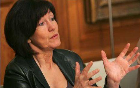 Laurette Onkelinx, actuelle présidente de la Fédération bruxelloise du PS, est de plus en plus isolée avec sa politique clanique.