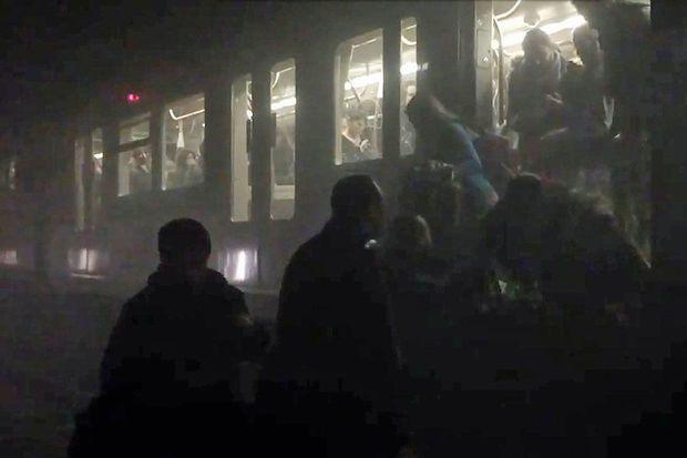L'attentat dans le métro à la station Maelbeek aurait sans doute pu être évité si le gouvernement et les dirigeants des services publics avaient réagi à temps.