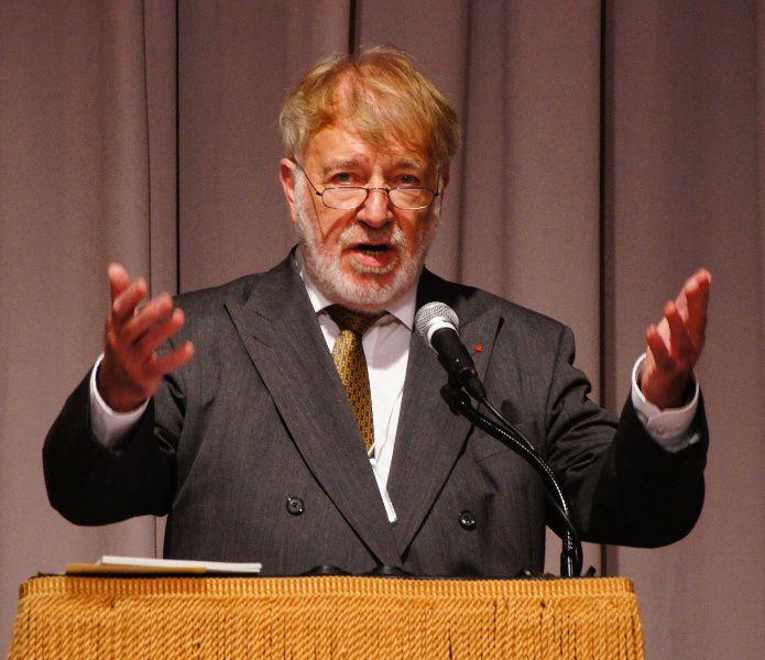 Pierre Galand appréciait le rôle de coordinateur de Louis Van Geyt.