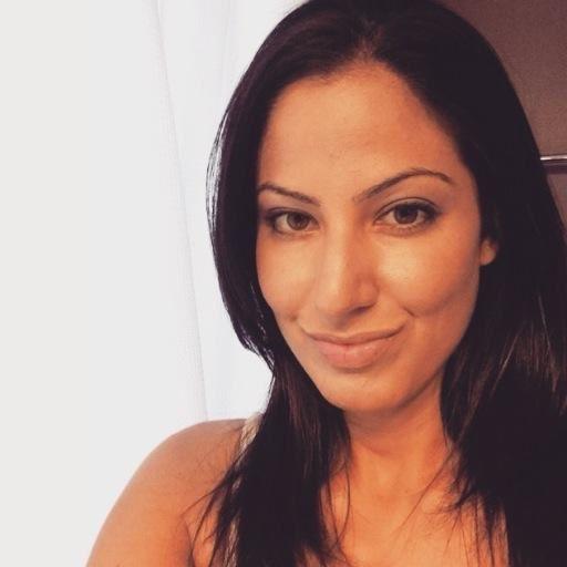 Rania Khalek, une journaliste indépendante qui n'a pas froid aux yeux.