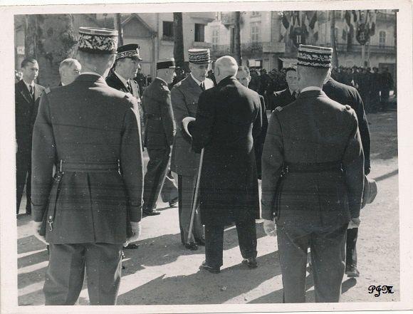 Le Gouvernement à Vichy _documents photographiques.
