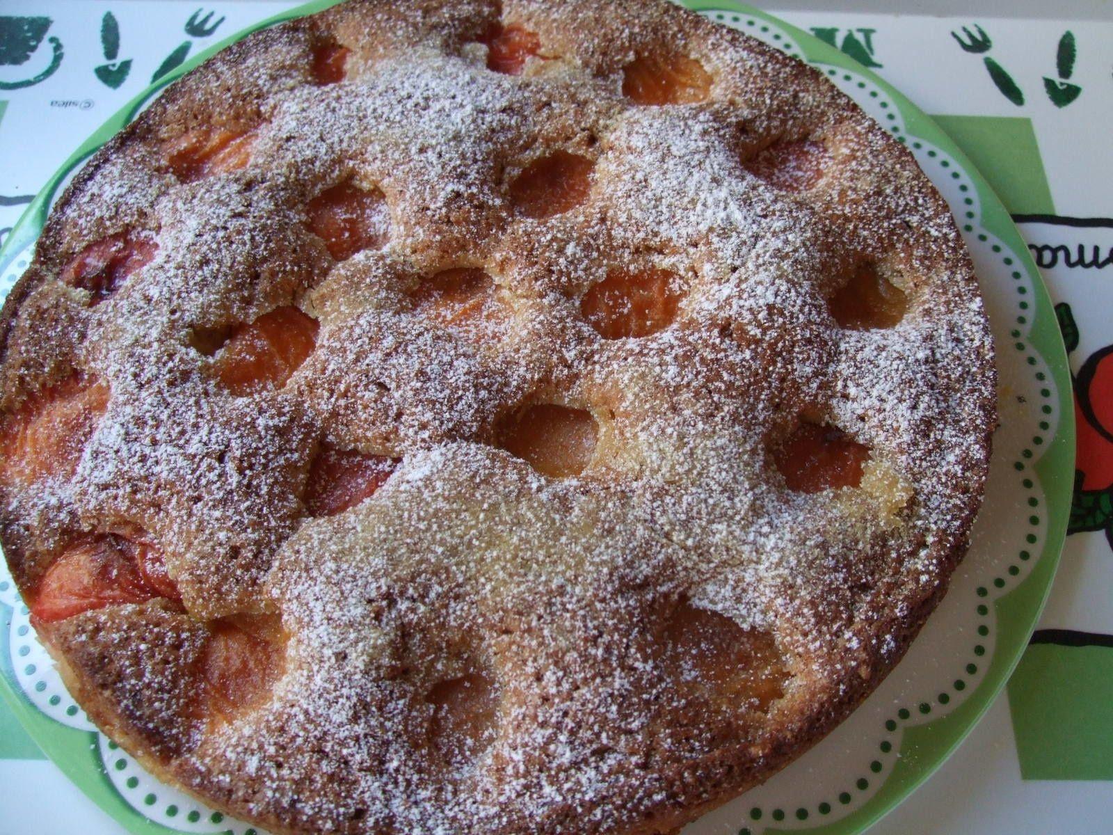Gâteau abricots, noix de coco