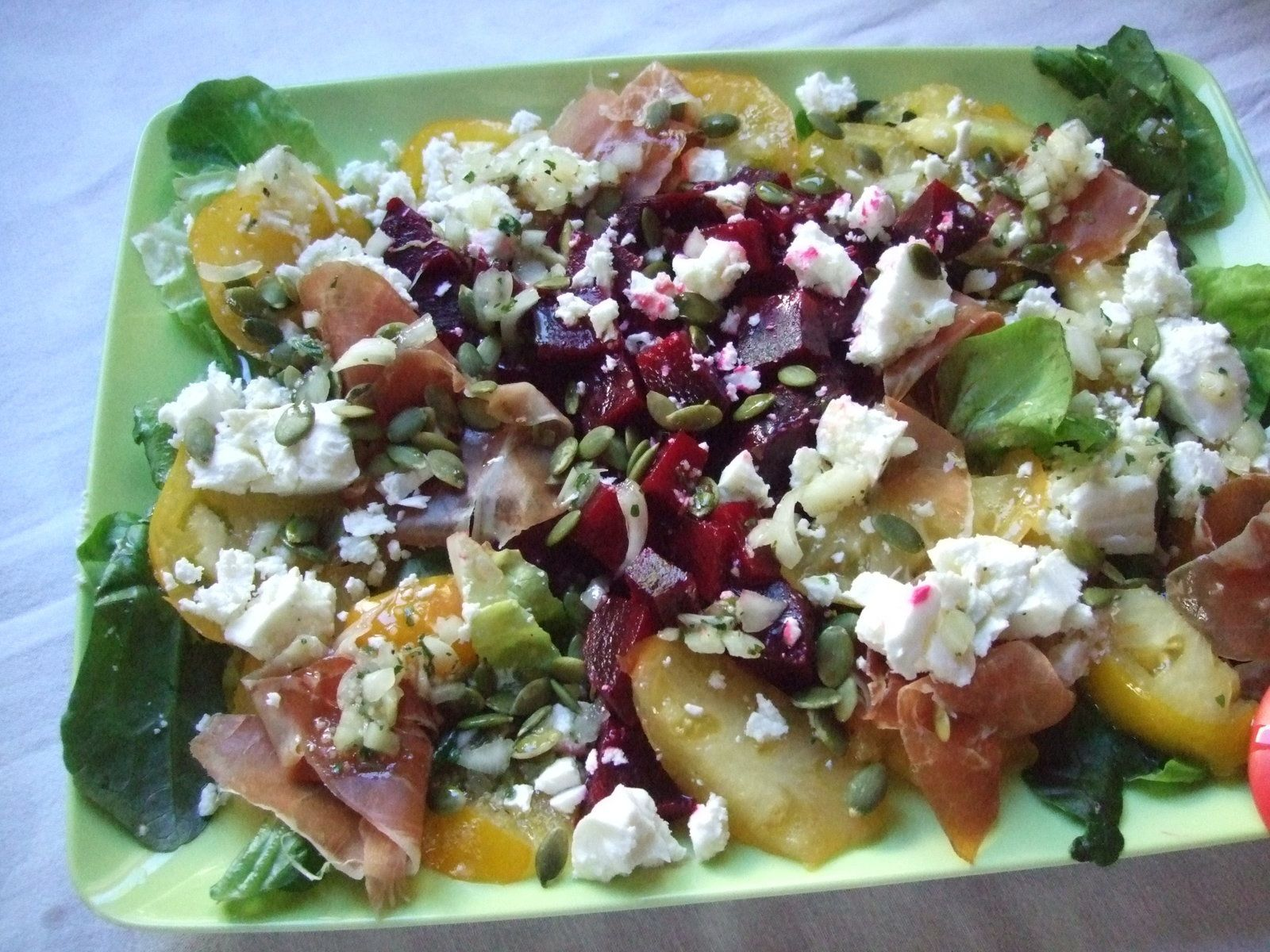 Salade de betteraves et..voyez vous même .