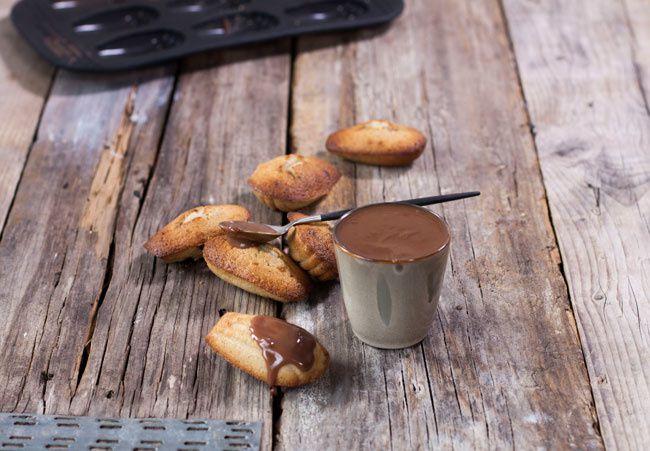Les madeleines à la vanille (au cook expert) et pâte gianduja