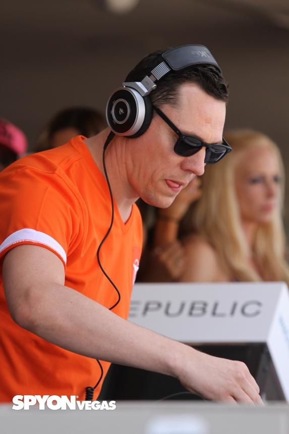 Tiësto photos: Wet Republic - Las Vegas, NV 24 may 2014
