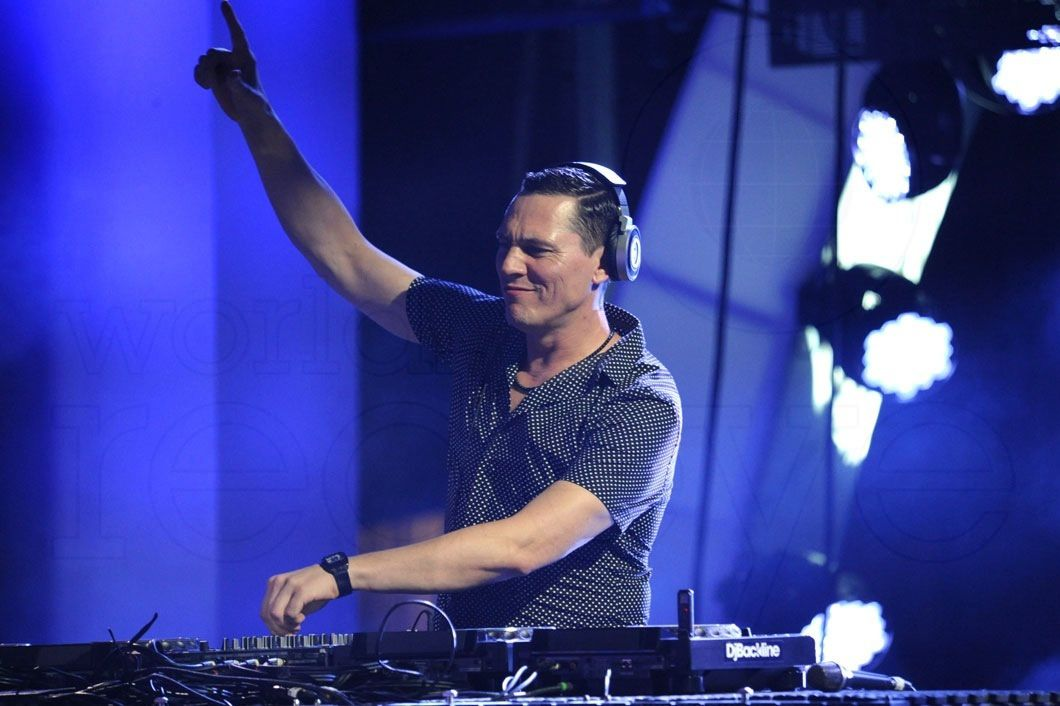 Tiësto photos: iHeartRadio Ultimate Pool Party - Las Vegas, NV 27 june 2014