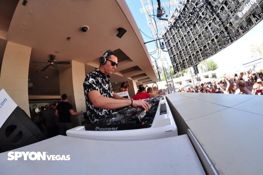 Tiësto photo: Wet Republic - Las Vegas, NV 17 august 2014