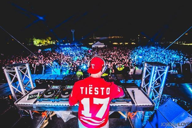 Tiësto photos: Frosh Music Festival - Winnipeg, Canada 14 september 2014