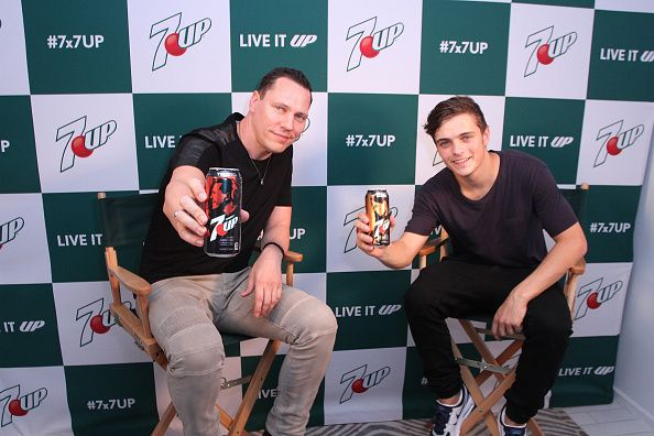 Tiesto &amp&#x3B; Martin Garrix - The Only Way Is Up