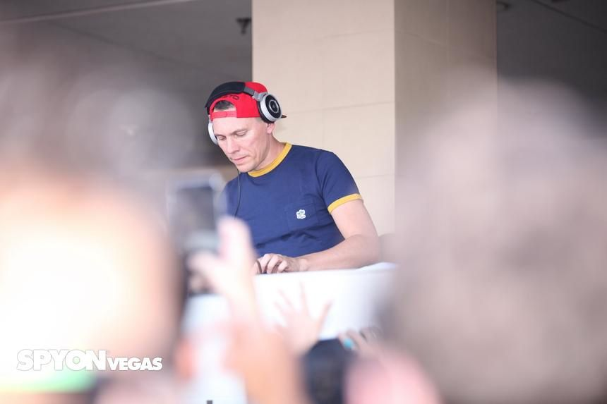 Tiësto photos | Wet Republic | Las Vegas, NV - august 29, 2015