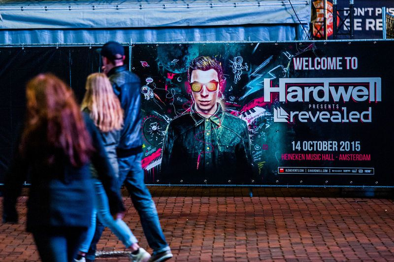 Photos - Tiësto guest - live Hardwell at Heineken Music Hall #ADE2015
