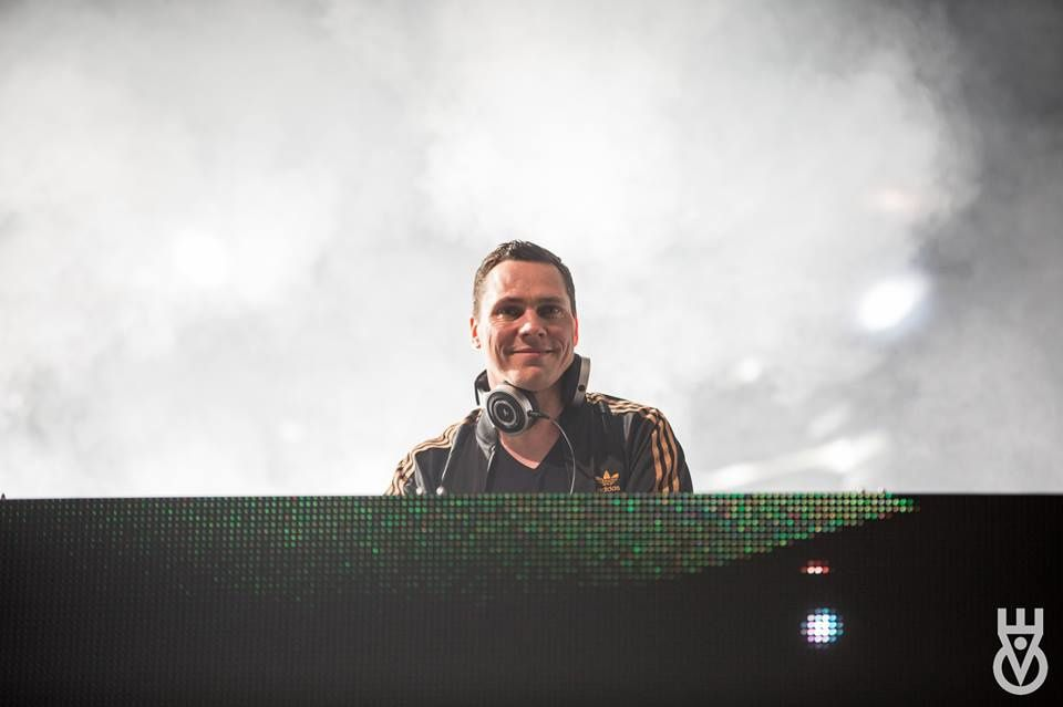 Tiësto photos | Enchanted Valley Carnival | Aamby Valley City, India - December 20, 2015