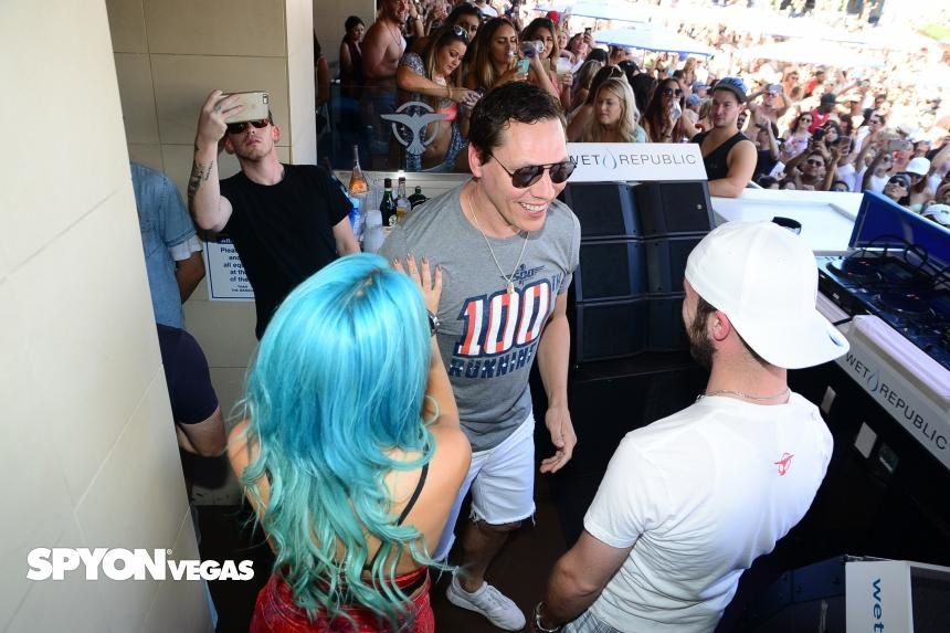 Tiësto photos | Wet Republic | Las Vegas, NV - May 29, 2016 | Memorial Day Weekend