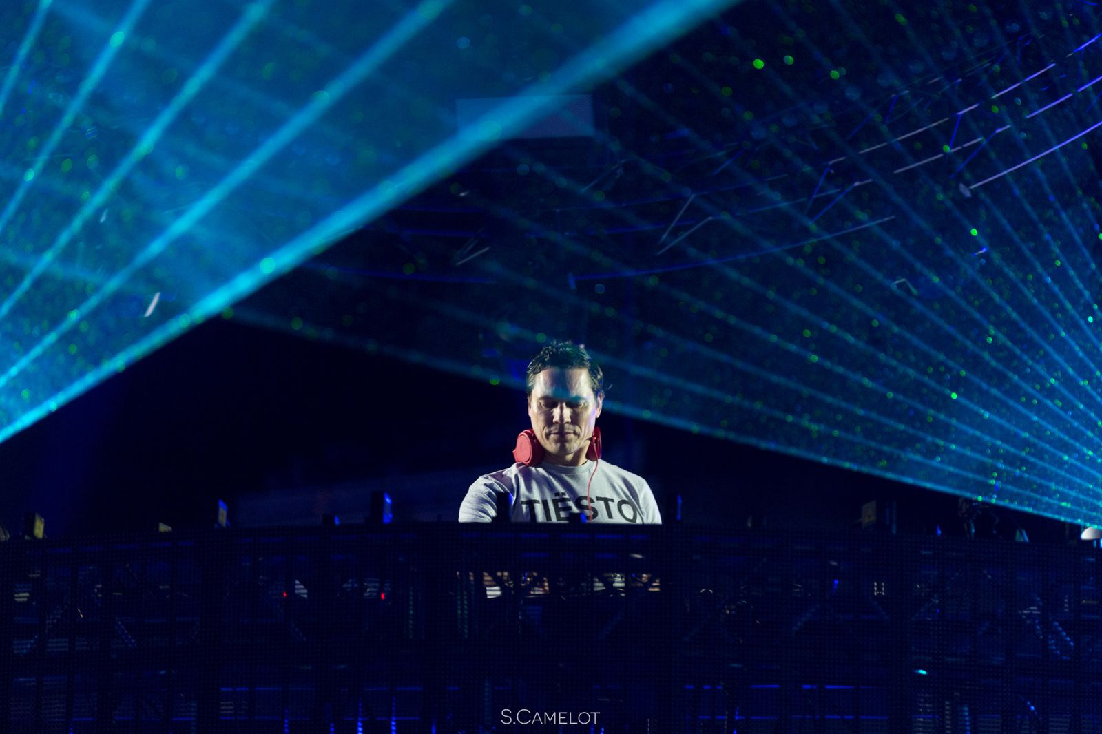 Tiësto photos | ElectroBeach | Port Barcarés, France - july 14, 2016