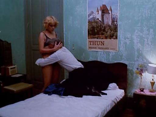 Le cinéma en 1973 - Page 2 Ob_e9fc22_toute-nudite-sera-chatiee