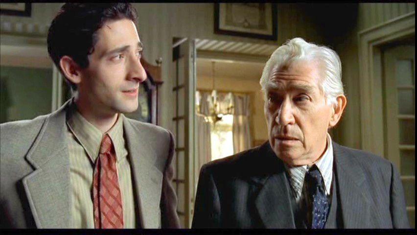 """Adrien Brody et Frank Finlay dans """"Le pianiste"""" (2002) de Roman Polanski"""