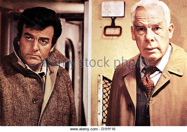 "Mike Connors et Lee Marvin dans ""Avalanche Express"" (1978)"