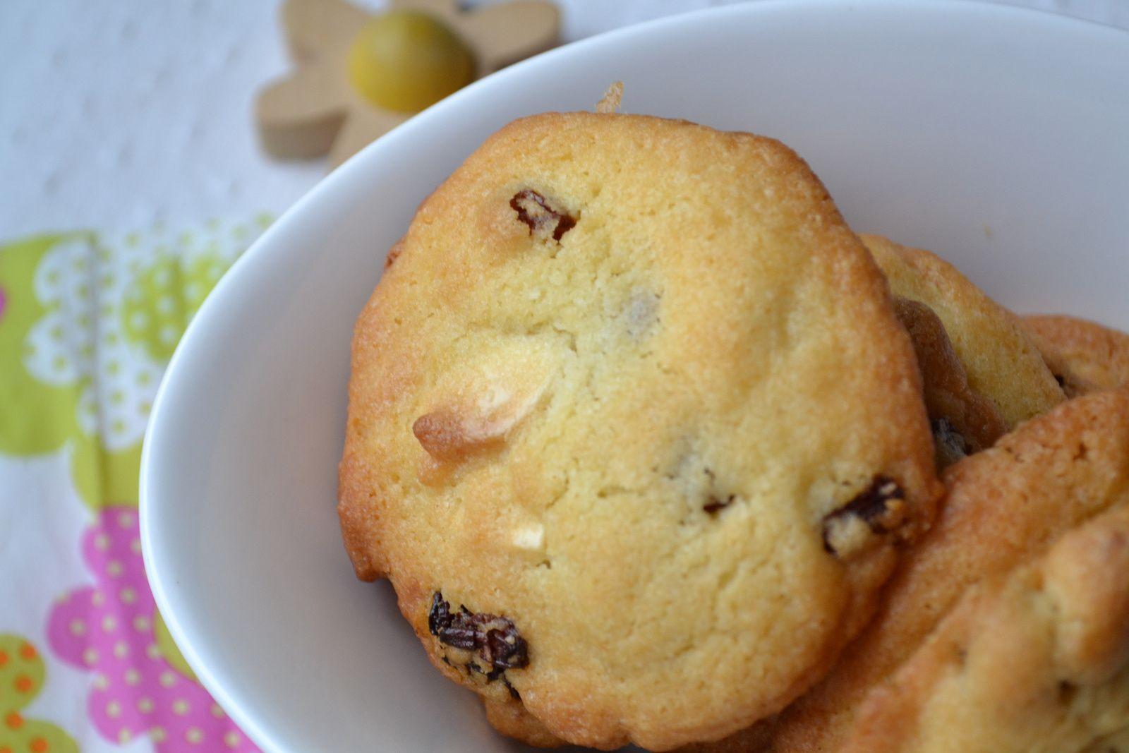 Cookies au chocolat blanc et raisins secs