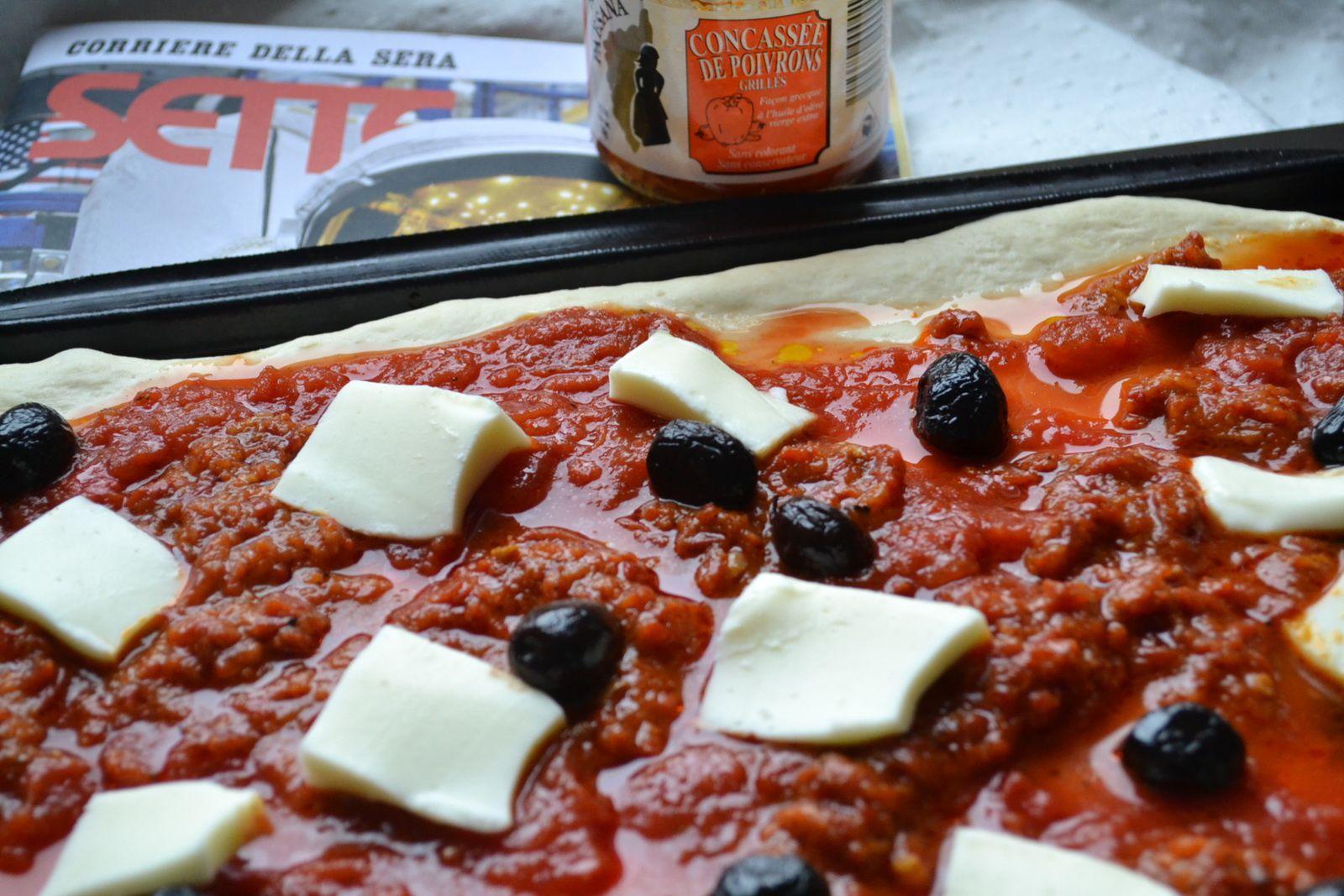 Pizza au confit de poivrons