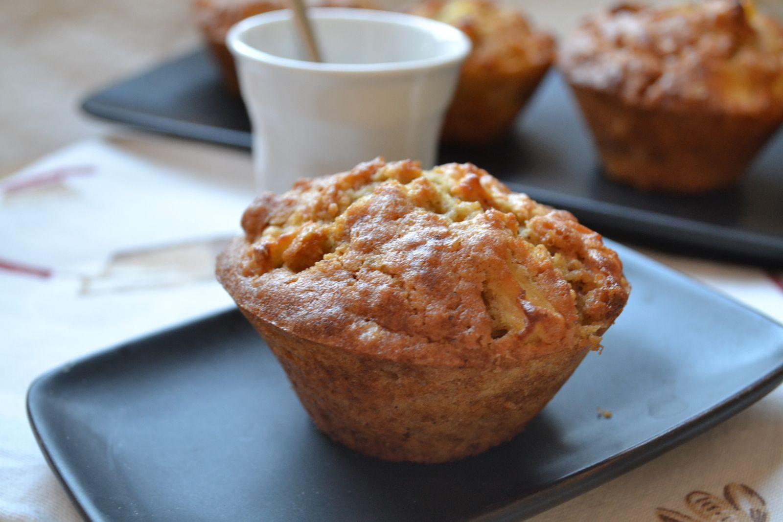 Muffins aux pommes, flocons d'avoine et cannelle