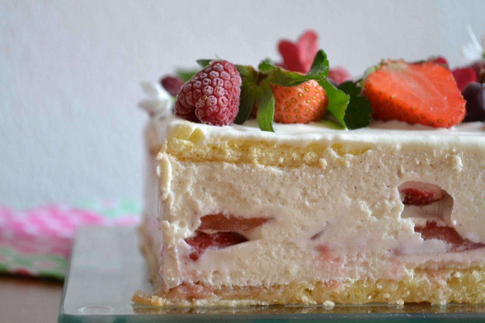 Tiramisu aux fraises #gâteau de fêtes